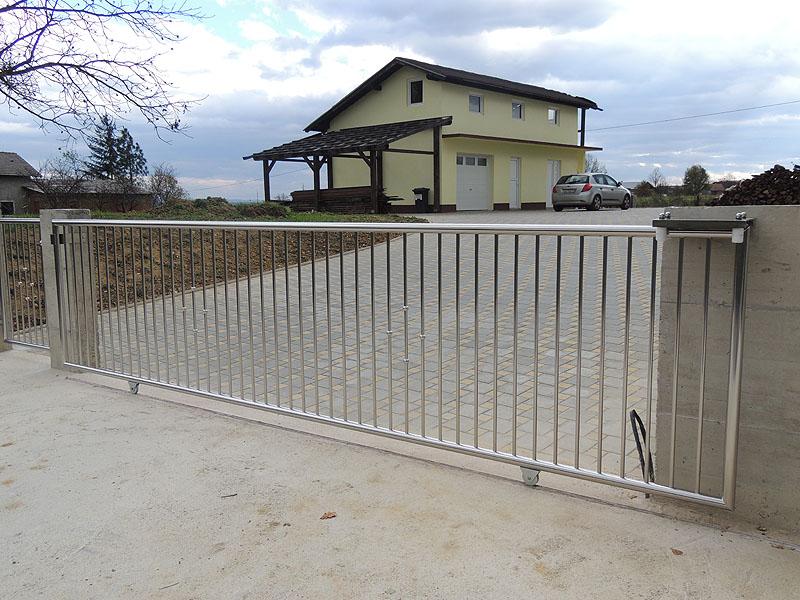 Levitas  Inox dvorišne ograde
